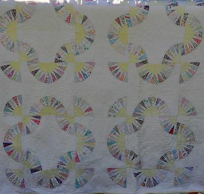1930's BUTTERCUPS & DAISIES BABY BUNTING PATTERN ANTIQUE VINTAGE QUILT: SWEETIE!
