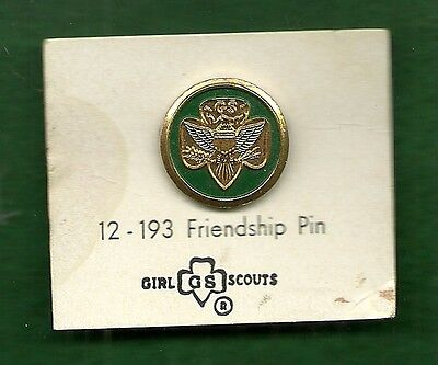 Vintage Girl Scout Friendship Pin On Card