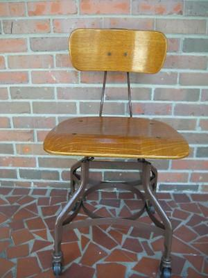 The Toledo Manufacturing Furniture Co Chair Adjustable Swivel Industrial Oak VGC