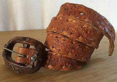Vintage WESTERN Hand Tooled LEATHER BELT Hand-carved Iron Wood Buckle 32 Flower