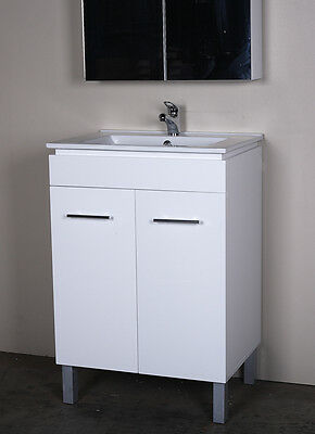 600mm Freestanding or Wall Hung Bathroom Vanity Unit with Ceramic Top