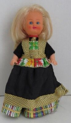 Vintage Holland Style Doll                     (Inv11058)