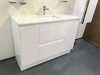 Melbourne 1200Mm White Bathroom Vanity With Stone Top Undermount Basin (Bv15Um)