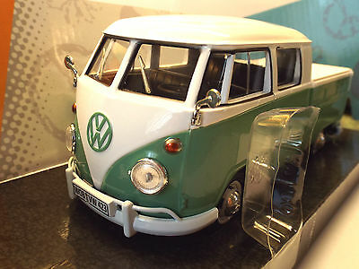"""Diecast """" VW TYPE 2 T1 DOUBLE CAB IN  GREEN AND WHITE  """" scale 1:24"""