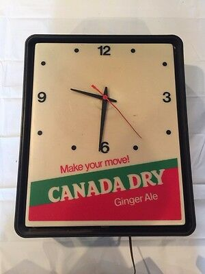 Vintage Canaday Dry Plastic Wall Light Up Clock Dualite