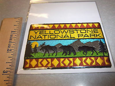 Yellowstone National Park Wyoming Beautiful Embroidered patch, wildlife!! new!