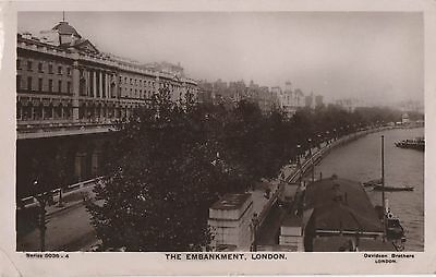 POSTCARD  LONDON  The Embankment