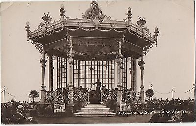POSTCARD ESSEX  SOUTHEND  The Bandstand