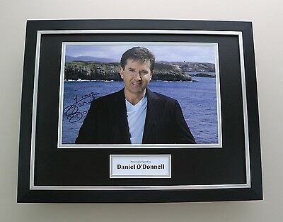 Daniel O'Donnell Signed Photo Framed 16x12 Music Autograph Memorabilia Display