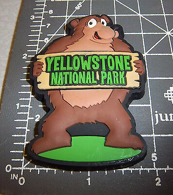 Yellowstone National Park Wyoming collectible Magnet Fun Bear! flexible plastic