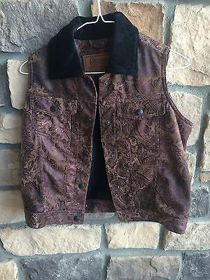 Used Outback Vest with Black Velvet Collar Small