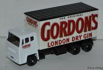 Code 3 Lledo Leyland 8-wheel The Original Gordons London Dry Gin
