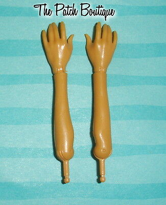 Monster High Fearleading Cleo De Nile Doll Replacement Left Or Right Hand Arm