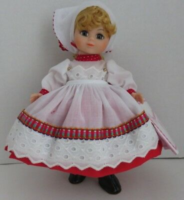 "1990 Madame Alexander 7"" Russia Doll               (Inv11199)"