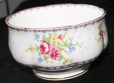 "Vintag ROYAL ALBERT Bone China England PETIT POINT CHINA 2 3/8""h Open Sugar Bowl"