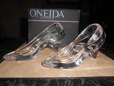 """NEW In Box 2 Oneida CRYSTAL Cinderella GLASS SLIPPER SHOES Size: 5-1/2"""" Long x 3"""