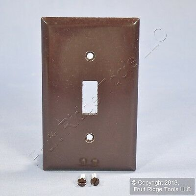Cooper Brown Standard 1-Gang Thermoset Toggle Switch Plate Wallplate Cover 2134B