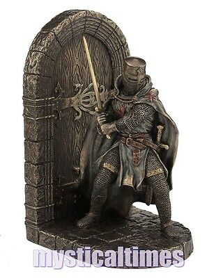 New * Defend To The End * Knight Bookend Statue Ornament Figurine  D2488