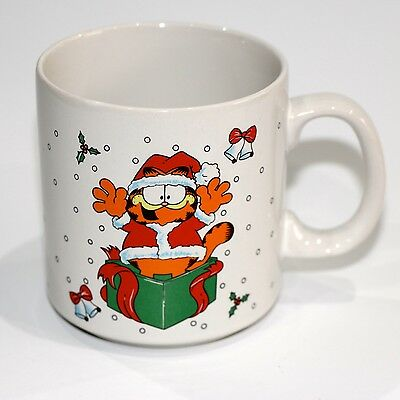 Garfield Christmas Ceramic Mug By United Feature Syndicate Boxed - 1978