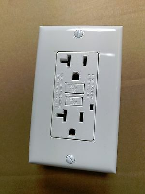 (5 pc) NEW 20A GFCI Outlet Receptacle 20 Amp White w/ LED Light + Wallplate