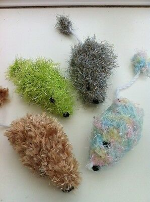 Pack Of 2 Handknitted Catnip Mice (Lucky Dip Colour) (Sold For Cats Protection)