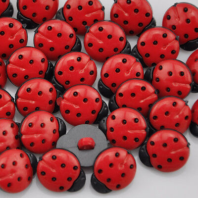 100Pcs Red ladybug DIY Kid's appliques/craft/sewing buttons PT64