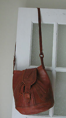 Vintage 70s Cognac Brown Tooled Whipstiched Leather Purse Tote Bucket Bag Boho