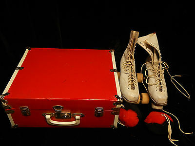 Vintage Chicago Roller Skates Size 4; White Leather w/ Laces & Case