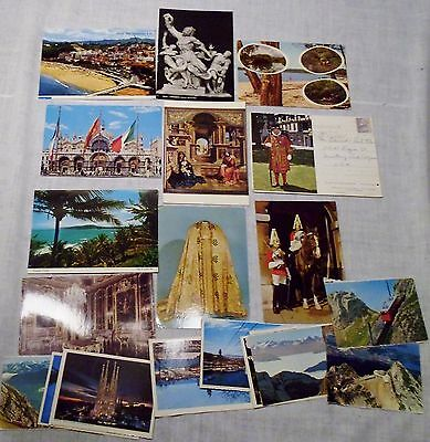 Lot of 20 Foreign Postcards Regular Size & Small Spain England Prague Italy