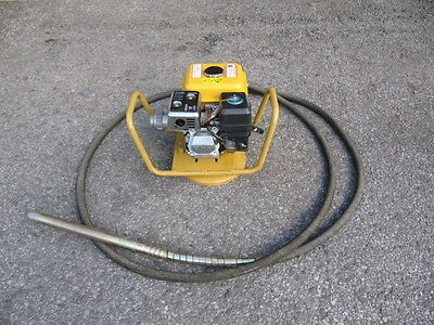 Neilsen Concrete Vibration Machine With Poker and Hose Petrol Drive Engine 5.5hp