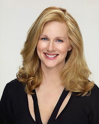 Laura Linney / Sully 8 x 10 / 8x10 GLOSSY Photo Picture