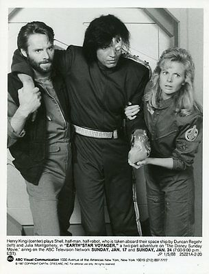 Duncan Regehr Julia Montgomery Henry Kingi Earthstar Voyager 1987 Abc Tv Photo