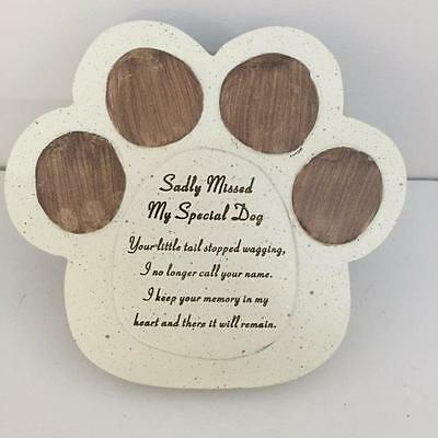 New DOG PAW SHAPED MEMORIAL - Sadly Missed My Special Dog - Pet Grave Tribute • EUR 9,30