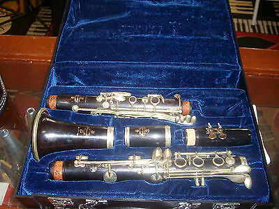 BUFFET R-13  CLARINET Bb  COMPLETLEY RECONDITIONED GUARANTEED ONE YEAR