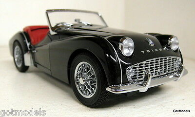 Kyosho 1/18 Scale - Triumph TR3A Roadster black diecast model car