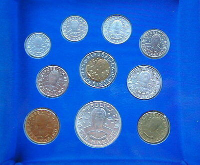 1996 Italy S Marino complete official set coins UNC with silver in official box