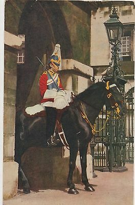 POSTCARD  MILITARY  Life Guards in Whitehall