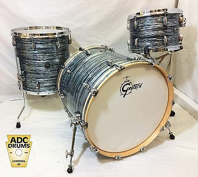 Gretsch Renown Silver Oyster Pearl Drum Kit 22/13/16