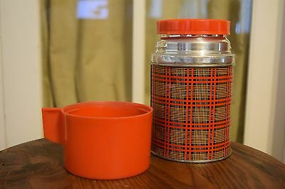 Vintage Aladdin Vacuum Thermos Bottle Wide Mouth Pint Red Plaid Mid-Century