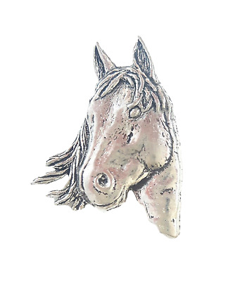 Horses Head Handcrafted in Solid Pewter In UK Lapel Pin Badge A1