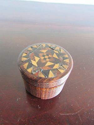 Rosewood Tunbridge Ware Ring Turned Pill Box c.1880-1900