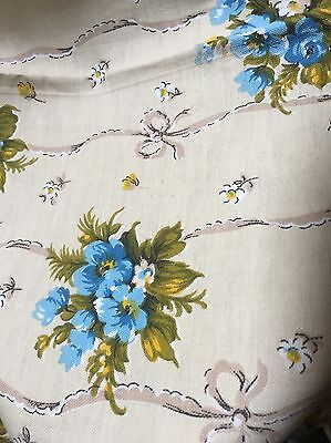 Vintage shabby chic French sample  Roses c1950s fabric Grand teint