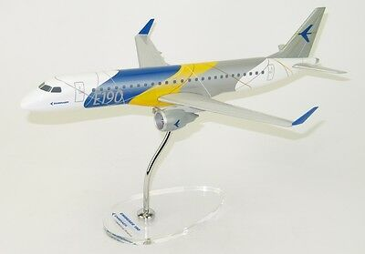 Lupa Embraer E190 House Factory Livery Desk Top Display 1/100 Model AM Airplane