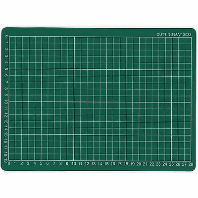 A4 Hobby & Craft Cutting Mat 30cm x 22cm 1cm Square Grid Lines For Fast Cutting.