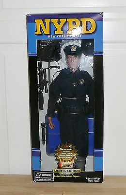 NYPD New York Police Action Figure Doll Fully Poseable Real Heroes 9/11/01