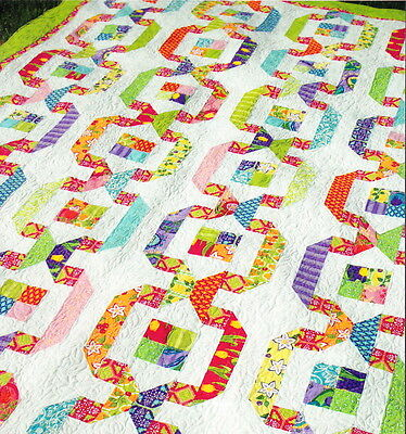 CLEARANCE - Garden Paths - modern pieced quilt PATTERN - Amanda Murphy