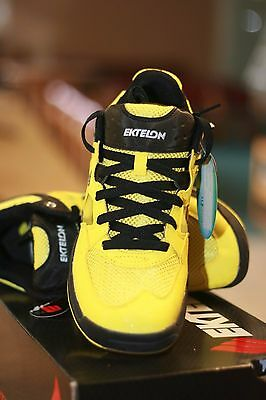 NEW Ektelon Racquetball Shoes NFS Attack LOW Yellow Men's size US Mens 7.5