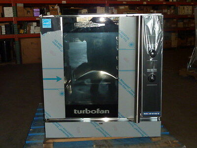 New Moffat Turbofan G32D5 Full Size 5X Sheet Convection Oven Nat Gas w/ damage