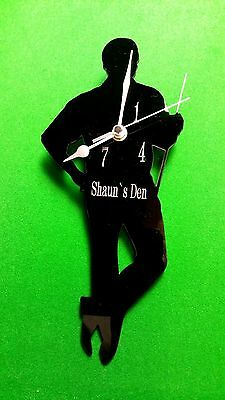 SNOOKER PLAYER WALL MOUNTED GIFT CLOCK with 147