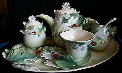 "FRANZ Porcelain  Delightful ""Ladybug & Daisy""  Pattern SEVEN PIECES Tea set New"